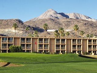 Palm Springs, CA: 1BR Condo, Pet-Friendly Resort w/Pool, Golf, Near Attractions