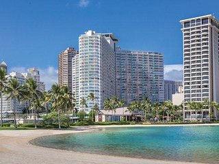 Honolulu, Oahu, HI: 1BR Condo w/Free WiFi, Steps From World-Famous Wakiki Beach!