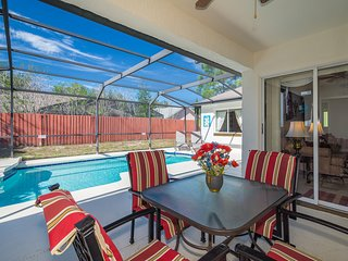 NEW! Deal! 4 bed/3 bath, 2 Masters, Private Pool, WiFi, BBQ, Disney/Universal