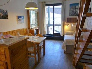 2 bedroom Apartment in Chamonix-Mont-Blanc, France - 5699514