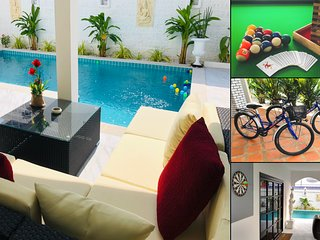 Superb villa near beach & Walking Street with private swimming pool