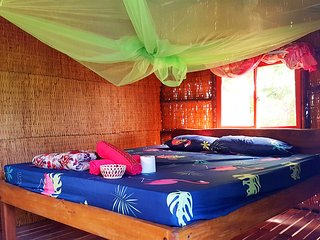 Wild Double Room with private bathroom and sea view 9