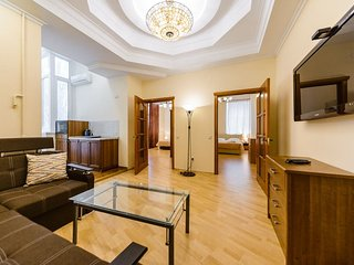 Modern comfortable 3 bedroom apt in a top location