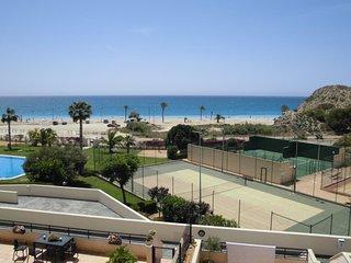 Apartamento en primera linea Playa Paraiso 3-2A