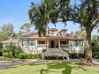 37 Sea Lane - 7 Bedroom Home in the Heart of Palmetto Dunes