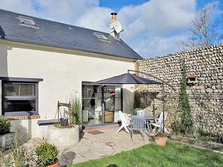 2 bedroom Villa in Saint-Pierre-en-Port, Normandy, France : ref 5650171