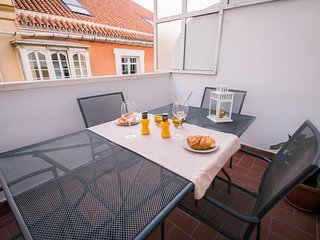 Apartment with terrace solarium in historical centre Malaga, close port and beac