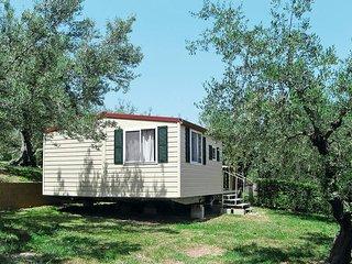 2 bedroom Apartment in Silvi Paese, Abruzzo, Italy : ref 5444959