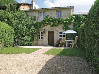 2 bedroom Villa in Jaunay-Clan, Nouvelle-Aquitaine, France : ref 5522214