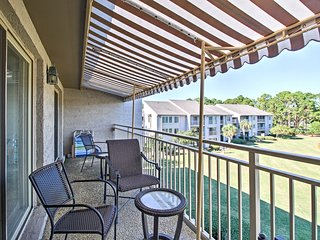 NEW! Hilton Head Condo - Walk to Beach & Salty Dog