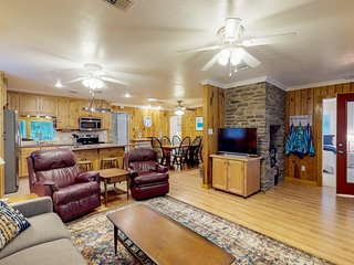 Lakefront home w/ wood fireplace, ping pong, dock - kayak available for use!