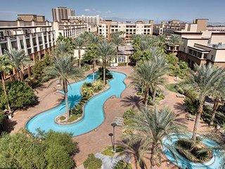 Family-Friendly Condo w/ Resort Pools, Full Kitchen & Resort Shuttle to Strip