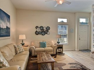 NEW LISTING! Snowbird-friendly townhome across from beach w/shared pool-dogs OK