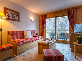 1 BR Apartment for 4 at Lagrange Vacances Le Hameau du Rocher Blanc