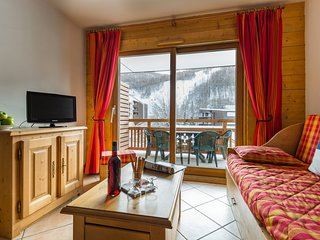 3 BR Apartment for 8 at Lagrange Le Hameau du Rocher Blanc