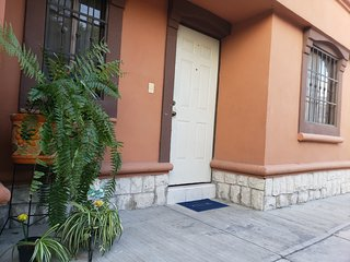 Casa Comoda Y Segura En Colonia Privada con internet de 20 megas simetricos