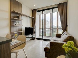 Modern 1Bed Apt w/ Balcony in Mori Haus Condo
