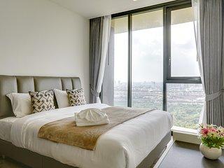 Glamorous 2 Bed Apt w/ Balcony in The Line Jatujak – Mochit