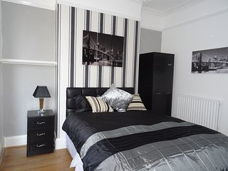 Fully-Furnished Exclusive 5-bed accommodation for Contractors