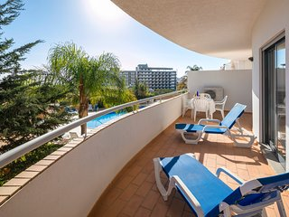 Apt. Sanda, 2 bed 5 minutes walk to the Dona Ana beach