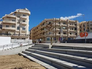 Las Canteras Apartment with terrace and garage .
