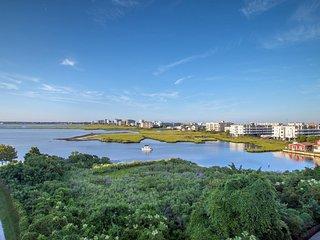 Sunset Island 6 HCW - 3B - Waterfront Resort Condo