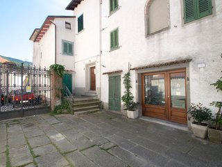 2 bedroom Villa in San Marcello Pistoiese, Tuscany, Italy : ref 5669457