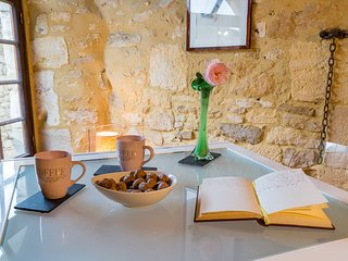 Cosy cottage in the heart of BEYNAC