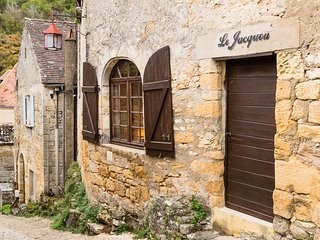 Cosy flat in the heart of Beynac