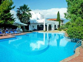 2 bedroom Apartment in Licinella-Torre di Paestum, Campania, Italy : ref 5518368