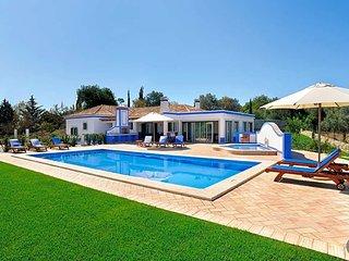 Malhadais Villa Sleeps 6 with Pool Air Con and WiFi - 5433183