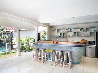 2BDR  Sky Villa with Private pool Close Seminyak Beach
