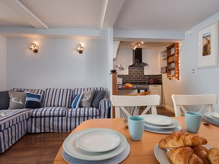 The Hideaway Shaldon -  A Beautifully Renovated Period Home