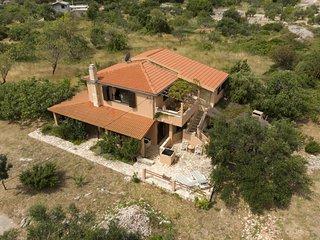 Ferienhaus 3484-1 für 8 Pers. in Vinišce