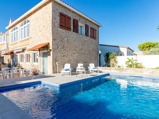 4 bedroom Villa in Empuriabrava, Catalonia, Spain - 5690083