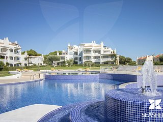 Cisne Apartment - 1 Bedroom in Vilamoura Well Located in Private Condominium.