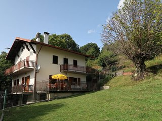 3 bedroom Villa in Il Piazzo, Lombardy, Italy : ref 5436720