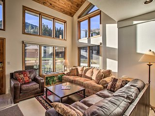VIEW! 3BR Btwn Vail & Beaver Creek, On Golf Course
