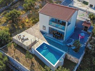 4 bedroom Villa in Zaglavice, Splitsko-Dalmatinska Zupanija, Croatia - 5562015