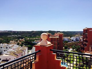 3 Bedroom Apartment, Duquesa Regent