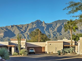 Dog-Friendly Tucson Townhome w/ Pool Access!