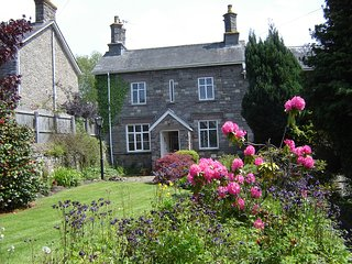 Ashfield cottage in Crickhowell with views of Usk Valley,and Brecon Beacons.
