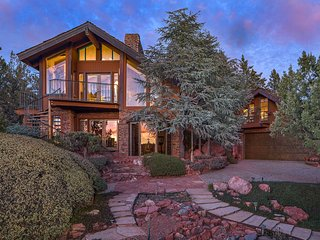 Unique Sedona Home w/ Mountain Views & Guest House