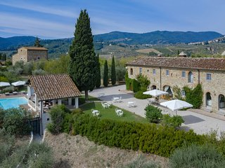 Villa Colleluna - Wonderful stone farmhouse with pool
