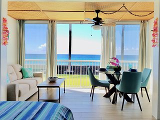 Tropical Oceanfront Beauty at Kona Magic Sands