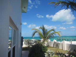 Abaco House West - Eastern Shores
