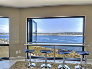 Ocean Vista Penthouse Duet: Views! Views! Views!