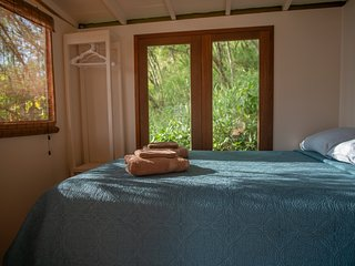 PRAYER TEMPLE - NEW! - A CHARMING COTTAGE: A serene, tranquil and private.
