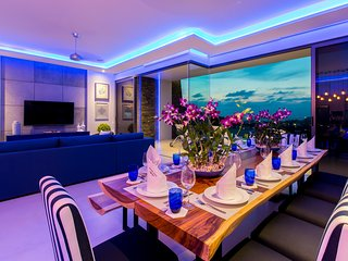 Villa Momo Luxury& stylish sea view 5bedroom  near Kata beach
