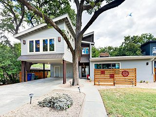 Eclectic Barton Hills 3BR Home w/ Large Fenced Yard, 1 Mile to Zilker Park